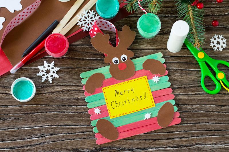 manualitats de Nadal amb pals de gelat