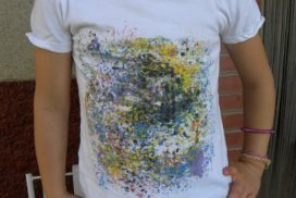 hacemos una camiseta con ceras de colores