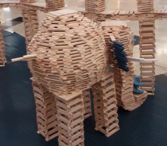 taller de construcción gigante