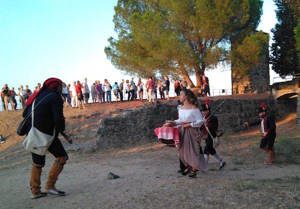 Visita teatralizada al castillo de Hostalric
