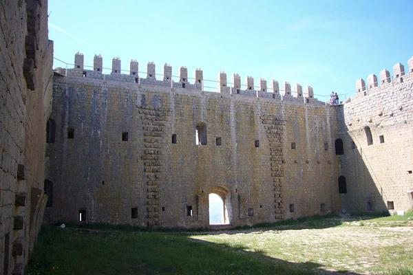 Castillo de Torroella de Montgrí