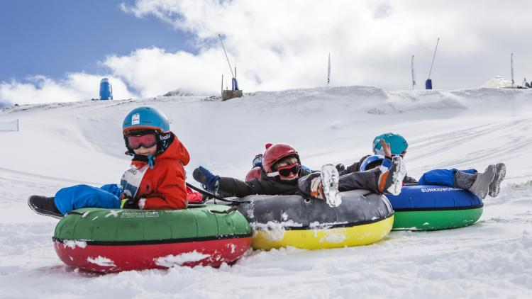 snowtubbing con niños