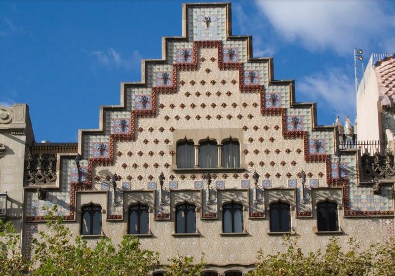 edificis per visitar a barcelona amb els nens