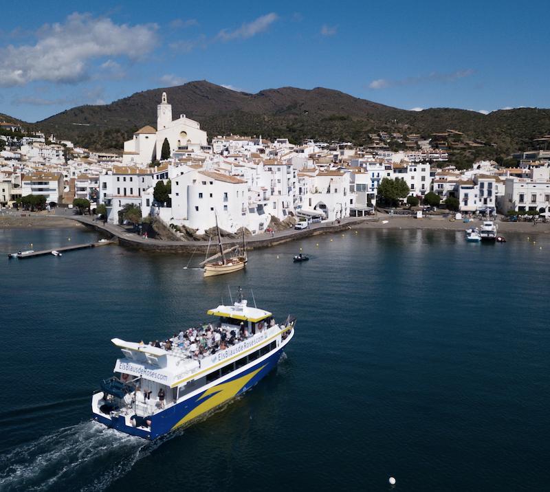 Salida en barco, de Roses a Cadaqués